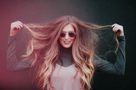 ¿Cómo hacer crecer el cabello con trucos y productos naturales?